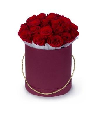 капелюшна коробка 21 червона троянда