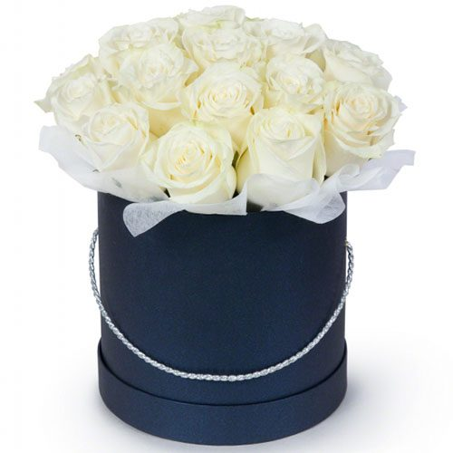 21 біла троянда у капелюшній коробці фото