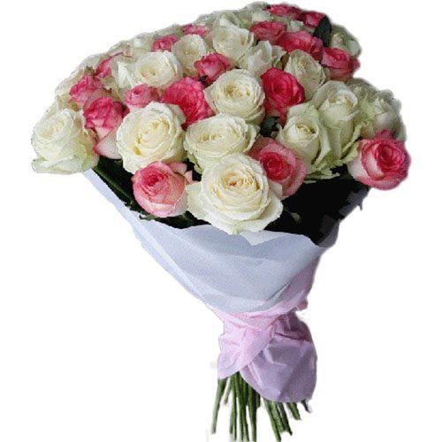 фото товару 51 біла і рожева троянда