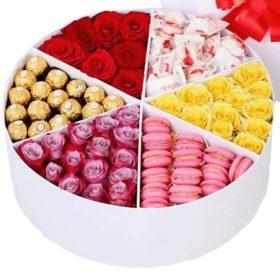 фото Примха багатія квіти та солодощі