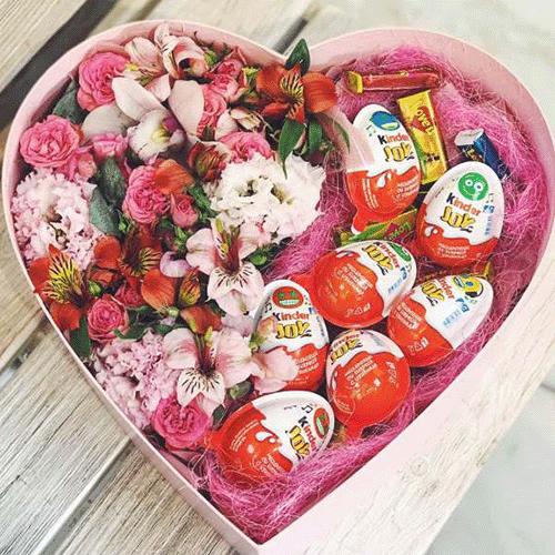 подарунок у коробці серцем