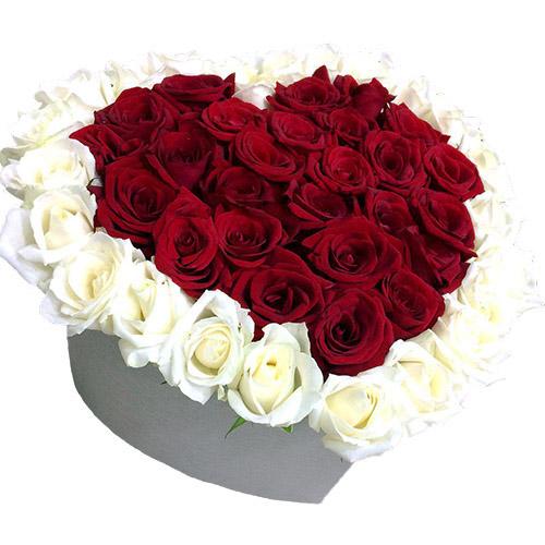 фото 51 троянда серце у спеціальній коробці