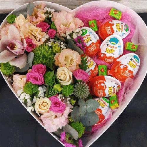 квіти з кіндерами Коробка на Ваш вибір
