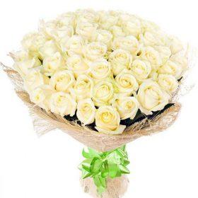 фото товару 51 біла троянда