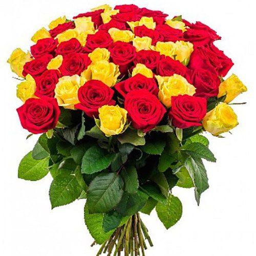 фото товару 51 троянда: червона і жовта