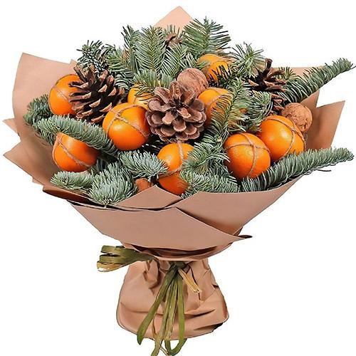 Новорічний букет з мандаринами та гілками ялинки