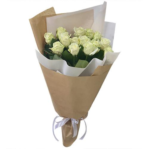 фото 15 білих троянд